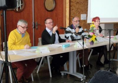 Didier Eleaume, président, et Danny Corbonnois, vice-président, entourés de Bernard Choque, secrétaire et Joëlle Salvador, trésorière